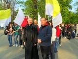 ks.Marek Mierzyński - Artur Czernecki przed marszem